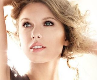 Taylor-swift_ad_pic